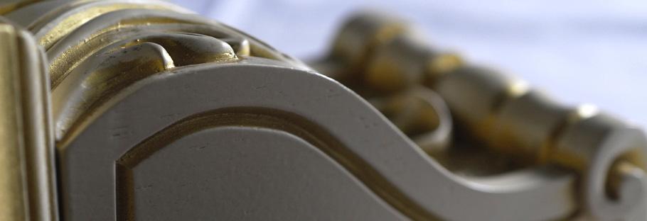 <p></p> <p>etagères, supports, rayonnages, égouttoirs à vaisselle, le tout en harmonie avec le modèle du meuble de cuisine.</p>