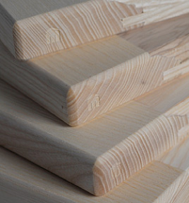 raw kitchen cabinet doors ready to be lacquered on demand of the client